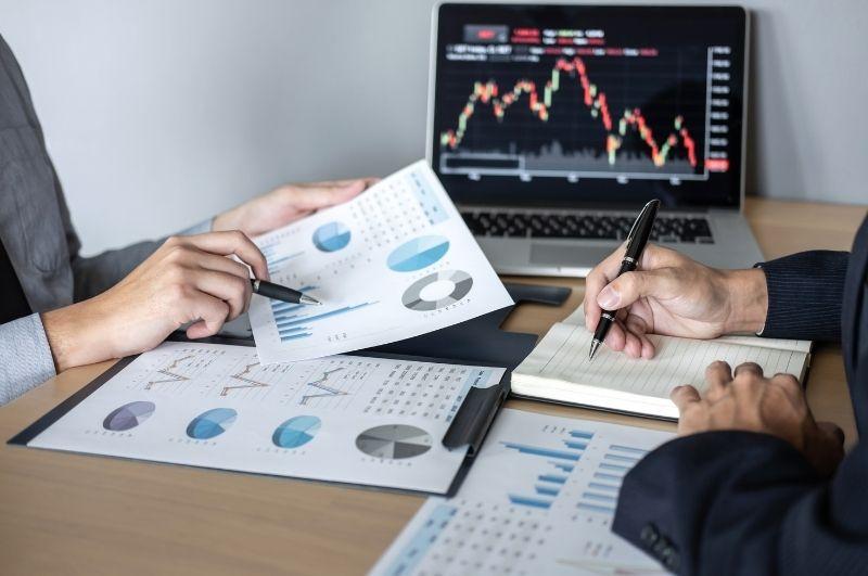 finančný poradca investovanie